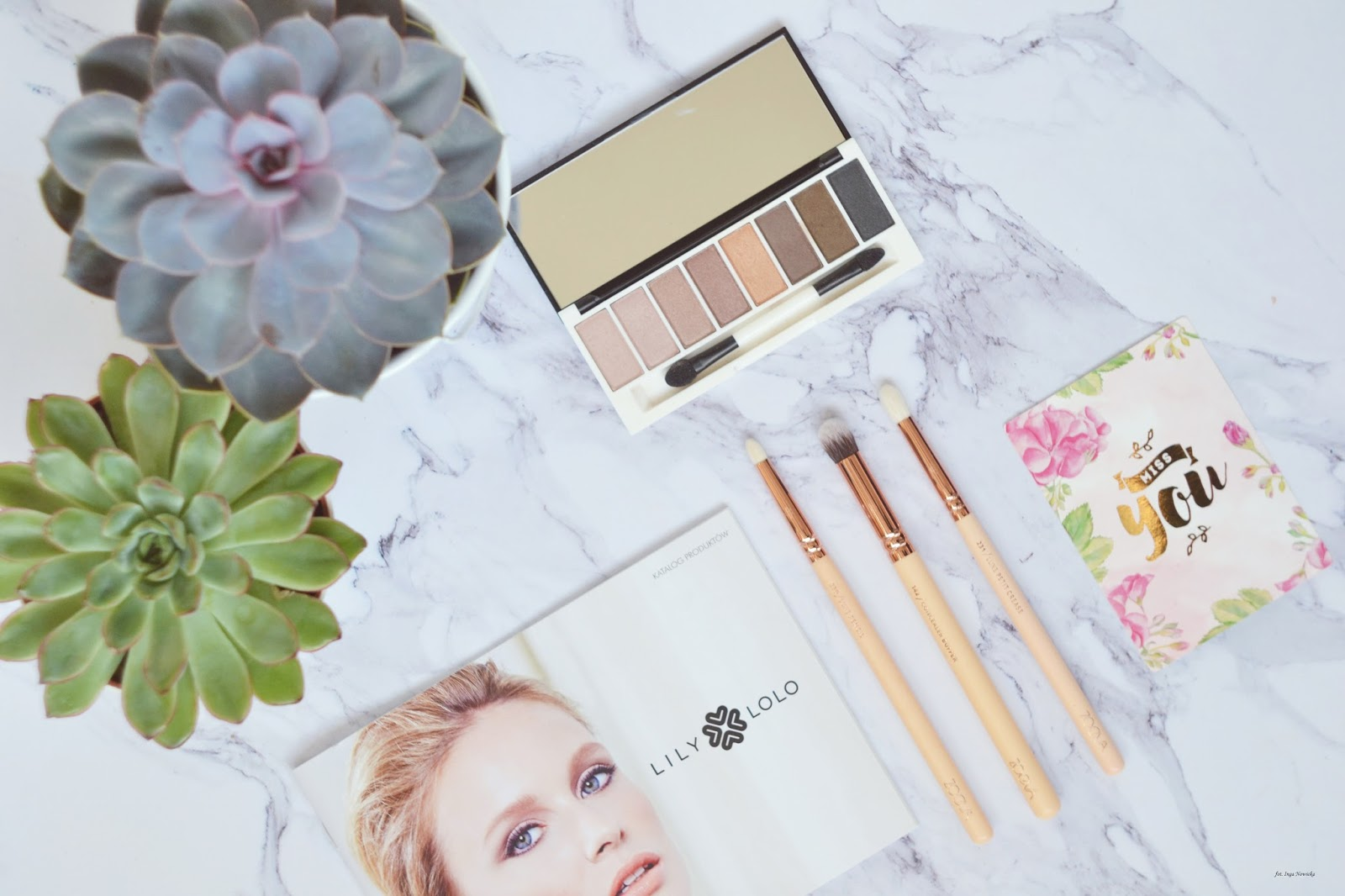 lily-lolo-laid-bare-eye-palette-piekno